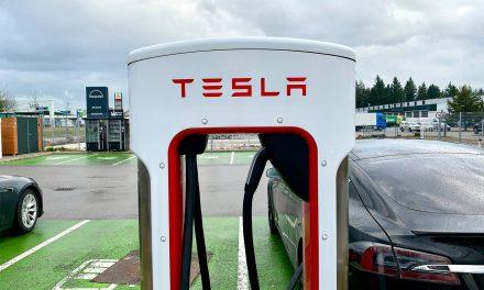 Tesla Supercharger Netz umfasst 15.000 Ladestationen